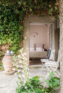 entrance garden suite