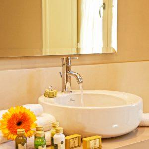 Bathroom detail Rooms Villa di Piazzano SLH Luxury Hotel Cortona tuscany