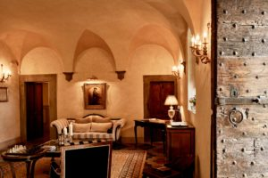 Entrance Hall Villa di Piazzano SLH Luxury Hotel Cortona tuscany