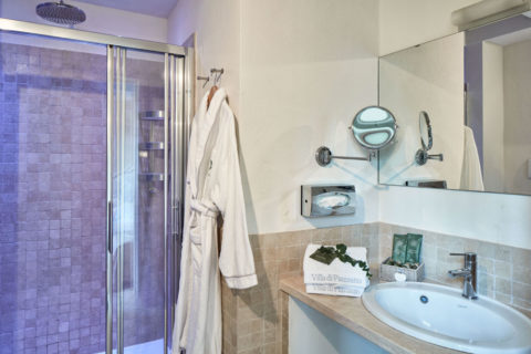 Bathroom detail Classic Rooms Villa di Piazzano SLH Luxury Hotel Cortona tuscany