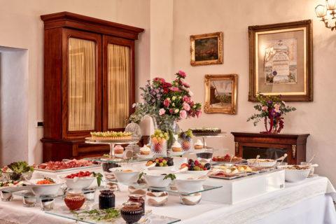 Breakfast buffet Villa di Piazzano SLH Luxury Hotel Cortona tuscany