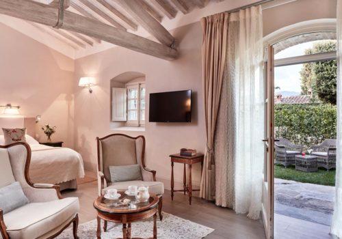 Garden Junior Suite Rooms Villa di Piazzano SLH Luxury Hotel Cortona tuscany