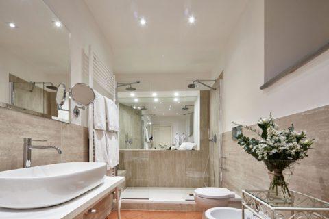Bathroom detail Junior Suite Rooms Villa di Piazzano SLH Luxury Hotel Cortona tuscany
