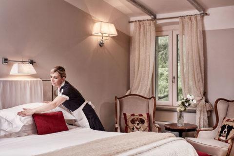 Deluxe Rooms waitress Villa di Piazzano SLH Luxury Hotel Cortona tuscany