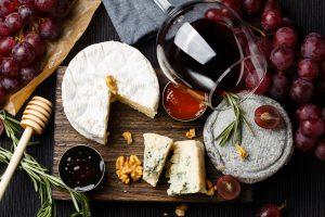 marmelade wine cheese
