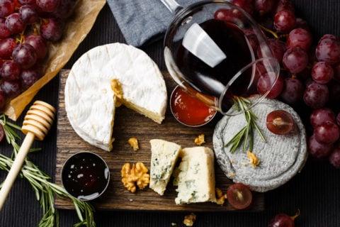 wine cheese glass marmelade