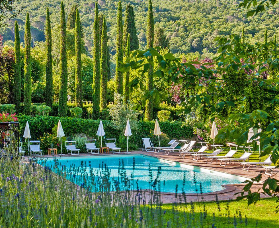 pool garden hotel