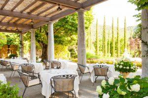 restaurant view garden