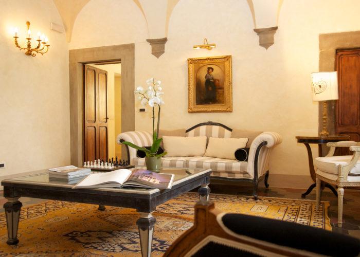 hall hotel tuscany