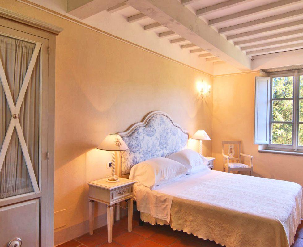 classic room hotel