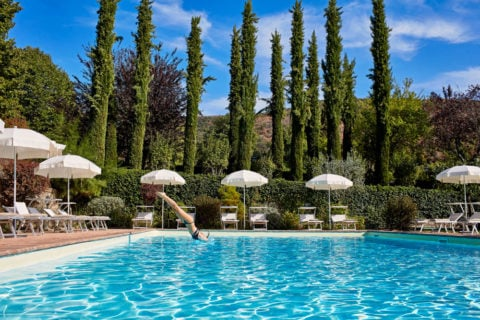 Dip in the Pool Villa di Piazzano SLH Luxury Hotel Cortona tuscany